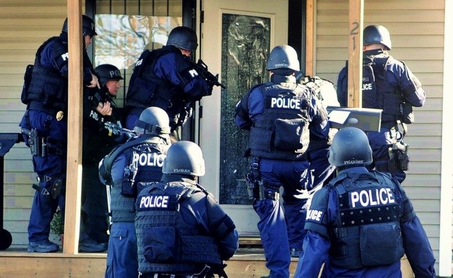 police-entry-warrantless